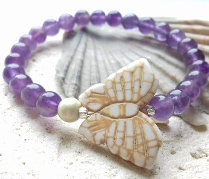 amethyst and howlite butterlfy elastic bracelet