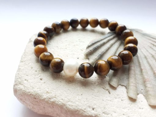 Tigers eye semi-precious bracelet with pearl accent