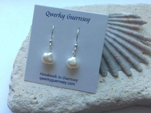 White Freshwater Pearl Hooks