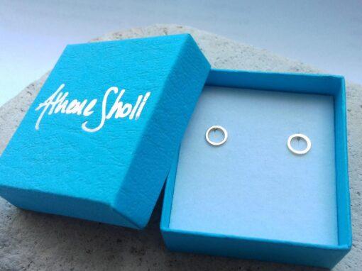 9 Carat Gold Open Circle Stud Earrings