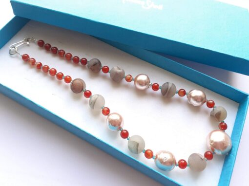 Electroplated Pearl and Agate Necklace