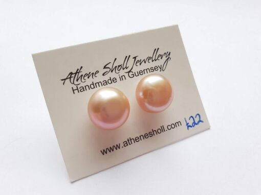 Statement Shell Pink Pearl Studs