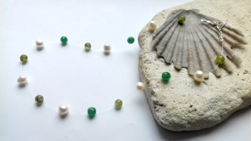 Floating Necklace Pearl and Peridot