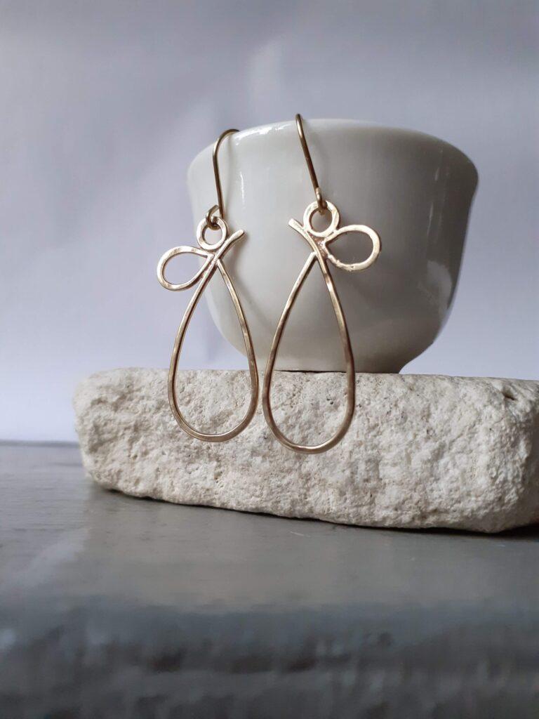 9ct Gold Pear Teardrop Dangle Earrings
